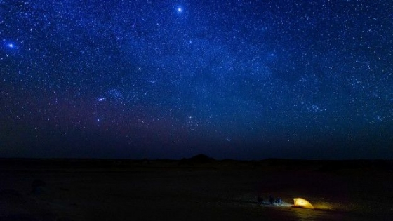 撒哈拉沙漠中心無光害的星空