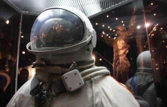 俄羅斯展示設計探索火星用的太空衣