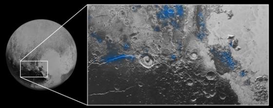 冥王星藍色地區發現有紅色的水冰
