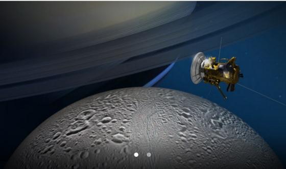 畫家筆下卡西尼號太空船飛掠土衛二