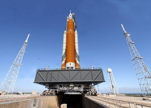 太空發射系統運載火箭