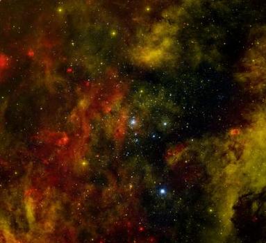 天鵝座OB2星團照片