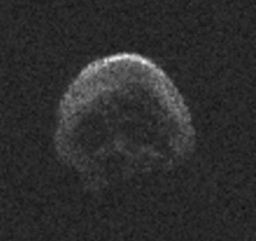 2015 TB145小行星形狀似骷髏頭