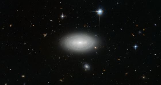 MCG+01–02–015 旋渦星系