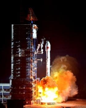 中星通訊廣播衛星今日凌晨發射情況