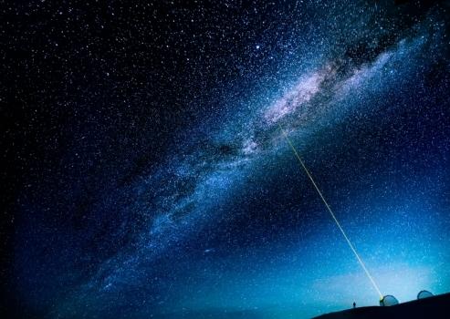 畫家筆下的凱克天文台