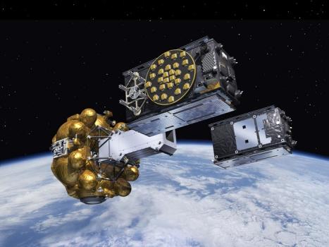 畫家筆下兩顆伽利略導航衛星分離圖片