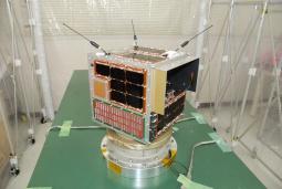 鳳龍四號放電實驗衛星