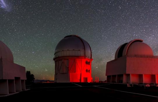 負責暗能量巡天計劃的托洛洛山美洲際天文台