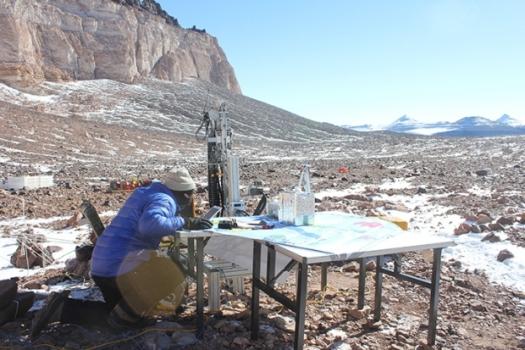 戈戴爾在南極麥克默乾谷多只發現已死的有機體