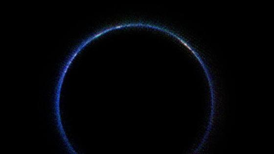 紅外波段中的冥王星藍色大氣