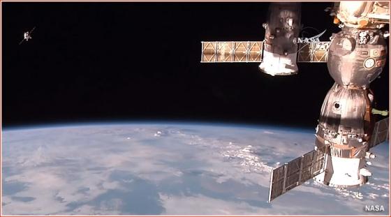 停泊在國際太空站的進步號太空船