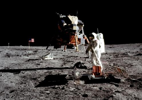 美國1969年太陽神登陸月球照片