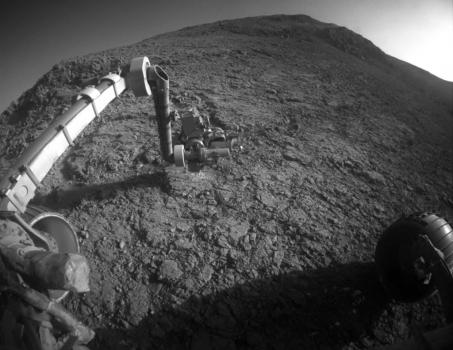 機遇號火星車在波茨(Potts)岩石區