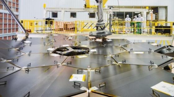 望遠鏡已經完成鏡片的安裝工作