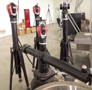 四台激光跟踪儀標定擺臂式輪廓儀旋轉軸空間狀態