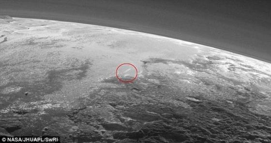 冥王星出現的雲層