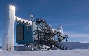冰立方中微子天文台