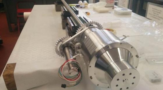 「展望」月球採礦工具鑽機模型