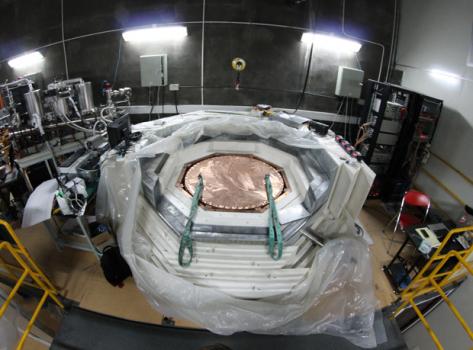 中國錦屏地下實驗室液氙暗物質探測器