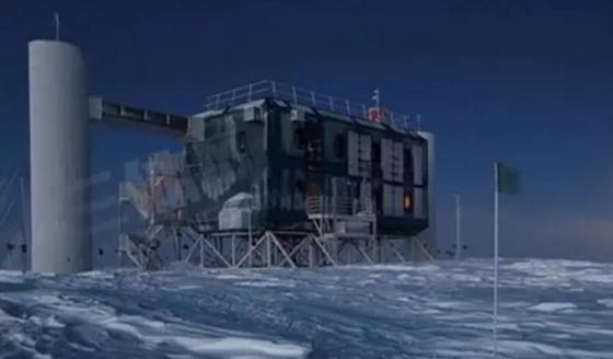 南極冰立方中微子天文台
