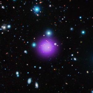 CL J1001+0220 星系團