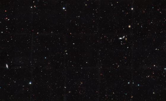 哈勃太空望遠鏡拍攝的深空照片