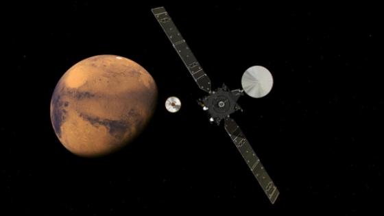 畫家筆下火星外太空生物探測任務太空船進入火星軌道