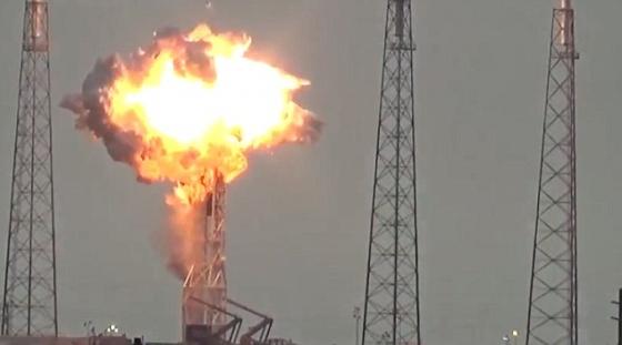 獵鷹九號火箭爆炸情況