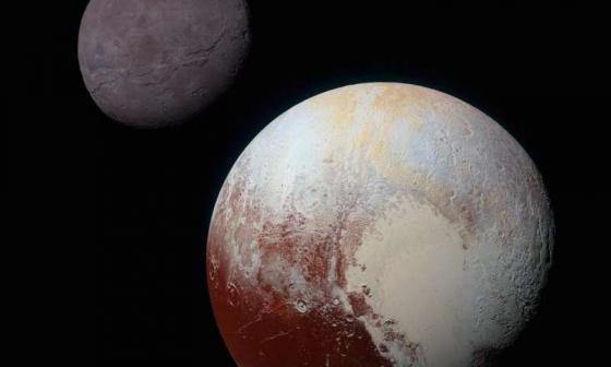 冥王星(右下角)和冥衛一(左上角)