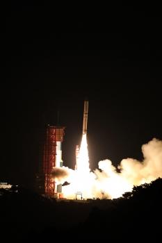地球物理學通訊與輻射探索衛星發射情況