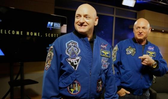 雙胞胎太空人史葛(左)和馬克(右)‧凱利