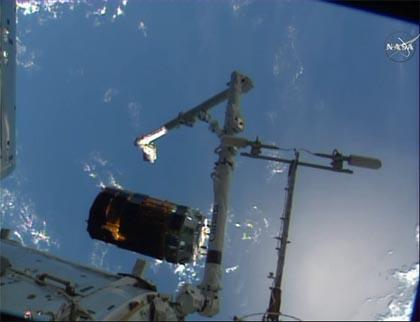 鸛六號太空船脫離國際太空站情況