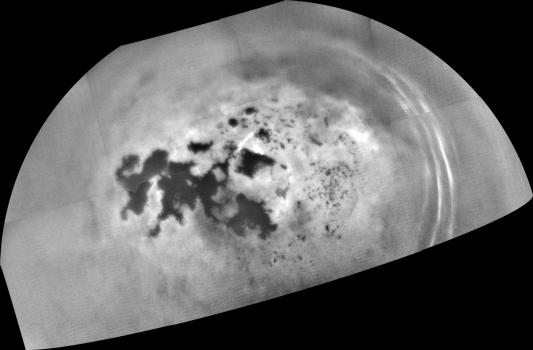 今年二月卡西尼拍攝土衛六北方湖泊和海洋