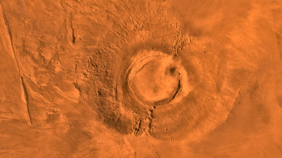 火星上巨大的阿爾西亞山火山