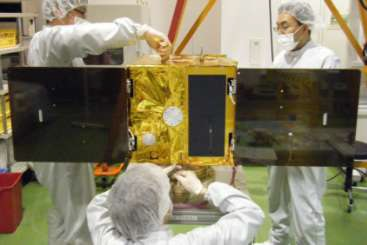 太空光通訊研究先進技術衛星組裝情況