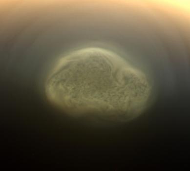 土衛六上出現的巨型風暴