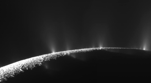 土衛二的間歇噴泉