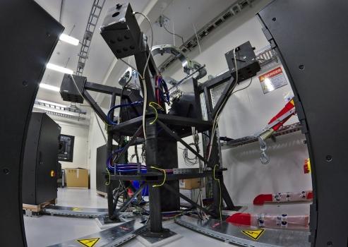 岩石系外行星和穩定光譜觀測階梯光柵光譜儀